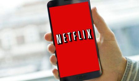 Smartphone con Netflix