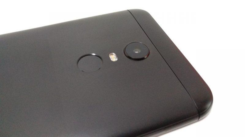 Redmi 5 Plus lector y cámara