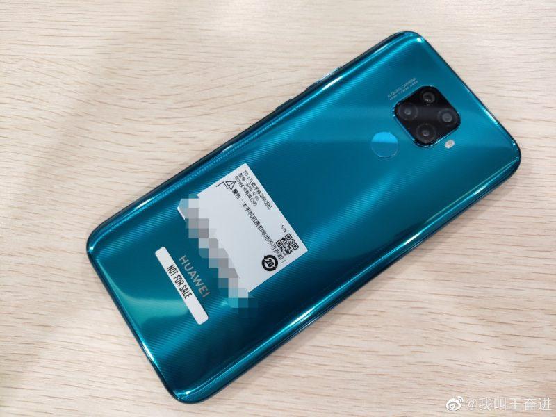 Trasera del Huawei Mate 30 Lite