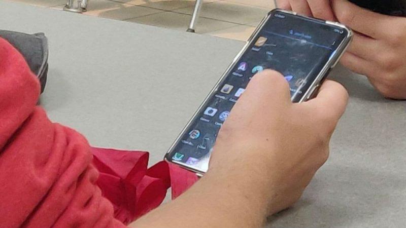 Delantera del OnePlus 8 Pro
