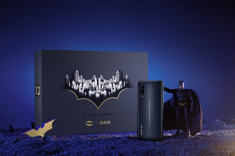 Vivo iQOO Pro 5G Batman Limited Edition caja