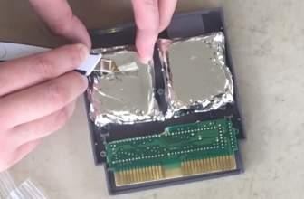 Se compra dos juegos de Nintendo y se encuentra con cuatro paquetes de droga en su interior