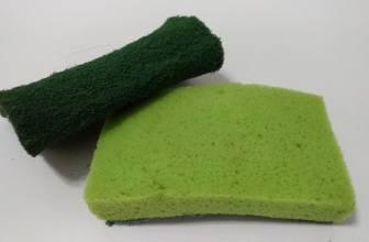 Lavar las esponjas de la cocina no sirve de nada, las bacterias siguen ahí