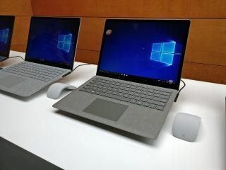 Microsoft Surface Laptop con Windows en funcionamiento